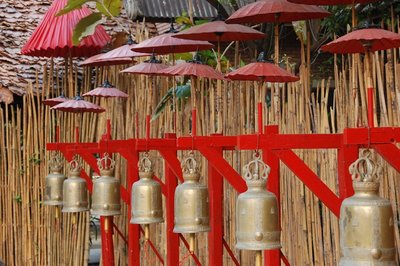 Parasols and temple bells