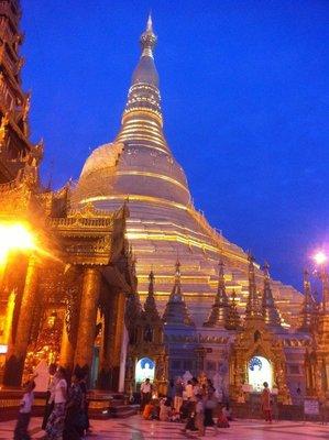 90_Shwedagon.jpg