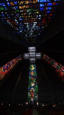 L'intérieur de la cathédrale São Sebastião - Rio de Janeiro