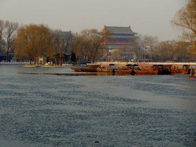 Lac Houhai Encore un peu gelé