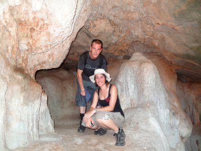 visite d&#39;une petite grotte