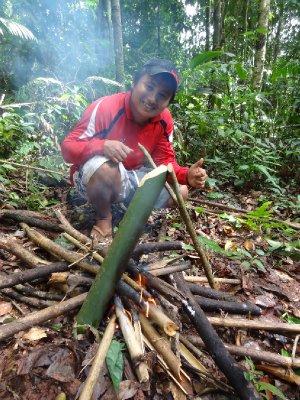 Soupe dans un bamboo