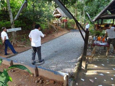 La pétanG au Laos