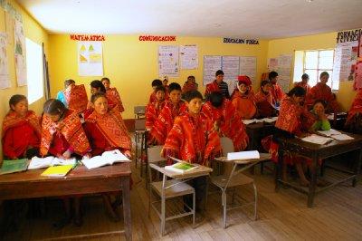 classe péruvienne dans les montagnes