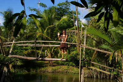 Fiona sur le Monkey Bridge