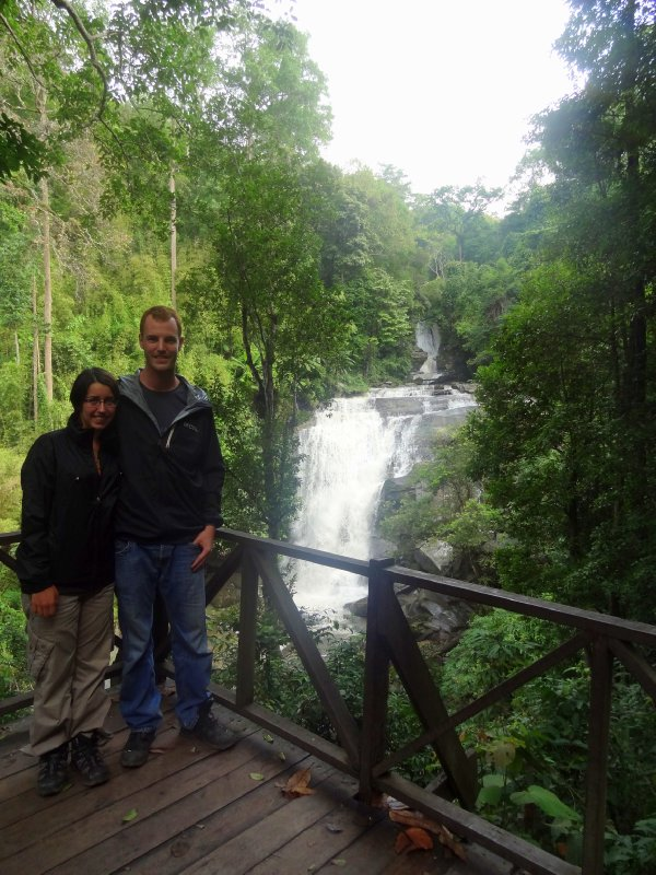 Cascade au parc de Doi Inthanon