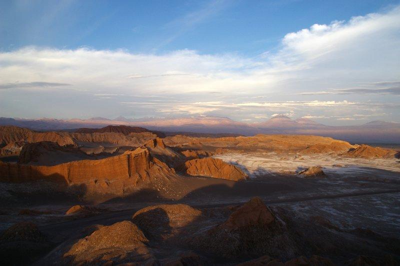 Vallée de la lune et derrier le Licancabur