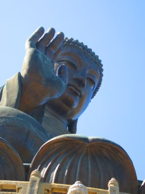 A closer look at the Giant Buddha.