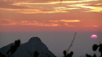 Sunrise over the Yellow Mountain (higher...)