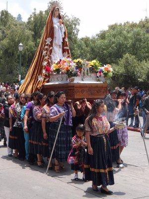 Somana Santa Catholic procession