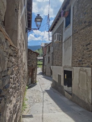 Historic streets of Espot