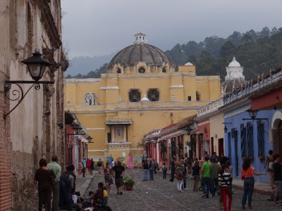 Busy Sunday afternoon in Antigua
