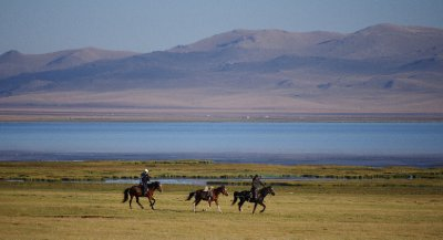 Kyrgyzstan paradise: Son Kul Lake...