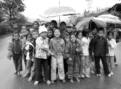 Children on their way to a wedding near Nghia Lo