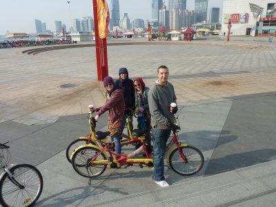 A pleasant bike ride by the sea