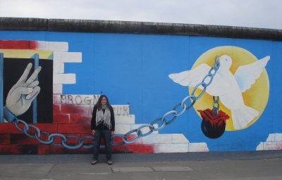 Jennifer at the East Side Gallery, Berlin Wall