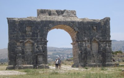 The two of us with a Roman Arch in Volubilis