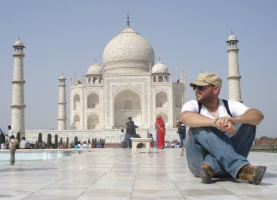 Robert and the Taj