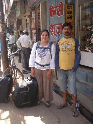 Jennifer and expert monkey sling-shot professional, Prabu