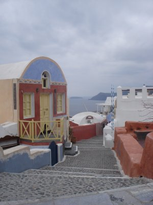 Picturesque Pathway in Oia