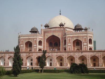 Humayun's Tomb, New Delhi (predecessor to the Taj Mahal)