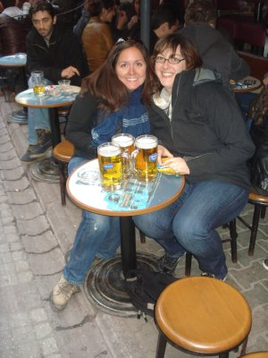Jennifer and Kim enjoying some beers in the Beyoglu District, Istanbul