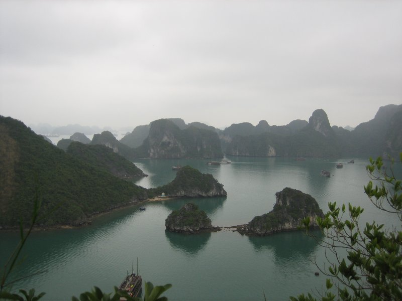 large_Halong_Bay_086.jpg