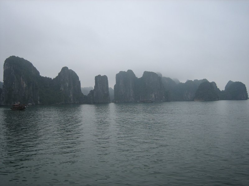 large_Halong_Bay_253.jpg