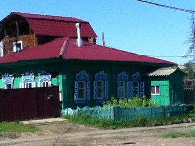 Siberian House w shutters