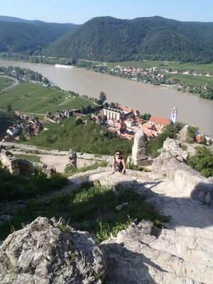 Hike to the ruins overlooking Duernstein