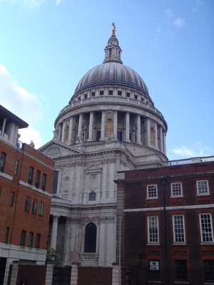 St Pauls.....maybe Great Britain isn't the right place for a cynic like me