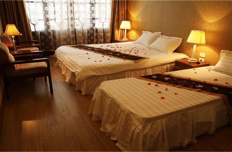 deluxe room - Real vietnam hotel