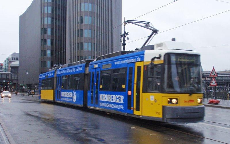 large_tram10.jpg