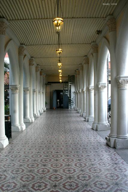 Chijmes hallway