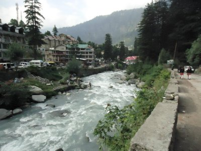 Manali by the Beas