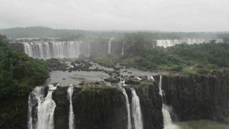 large_IguazuBraz4.jpg
