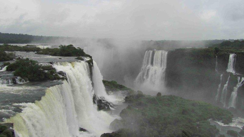 large_IguazuBraz6.jpg