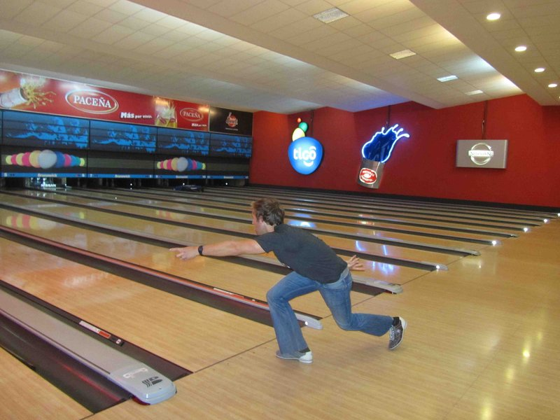 large_Lach_Bowling.jpg