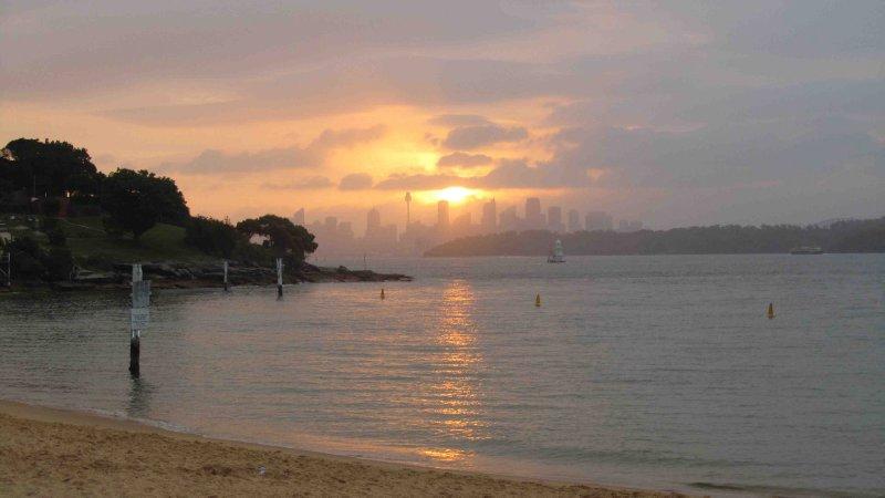 large_Sydney_skyline_sunset.jpg