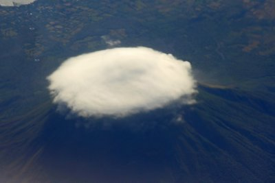 Arenal_from_airplane.jpg