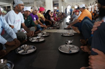 Free food for all visitors of the temple