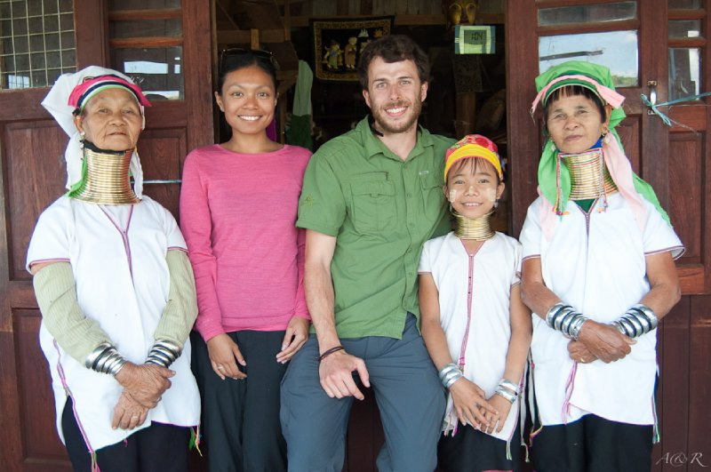 Family portrait in Inle Lake, with the Padaung or Karen tribe ladies