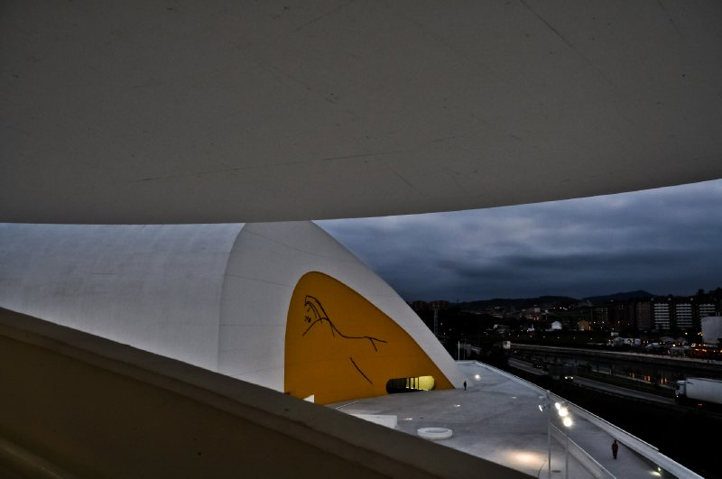 Niemeyer Center auditorium from its tower (Avilés)