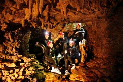 DW_Labyrinth_Group_Sitting on rocks_Land 2