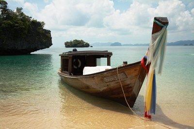 Long_boat.jpg