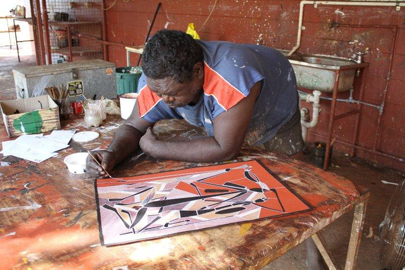Artist at Oenpelli