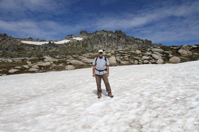 Snow drift on Mt Koskiuszko