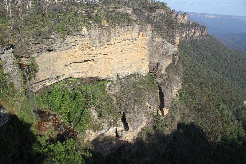 Katoomba Falls and the Three Sisters