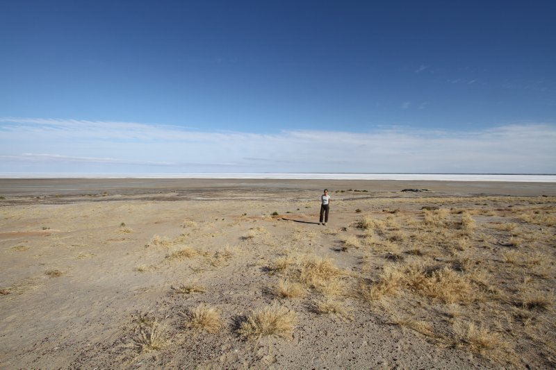 Lake Eyre solitude