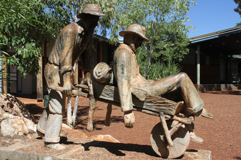 Russian Jack statue in Halls Creek